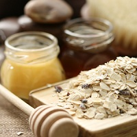 Oatmeal for face mask